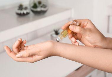 application huile aromatherapie